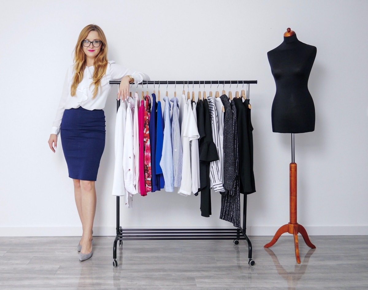 Dress code w pracy – business professional, business casual, smart casual i casual